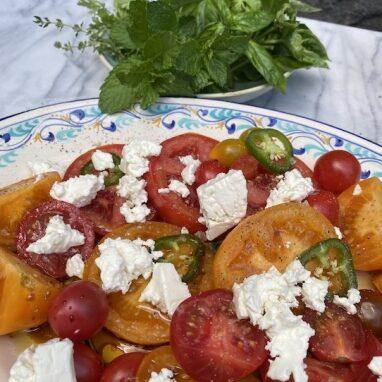tomato_salad_382_510_000000_s